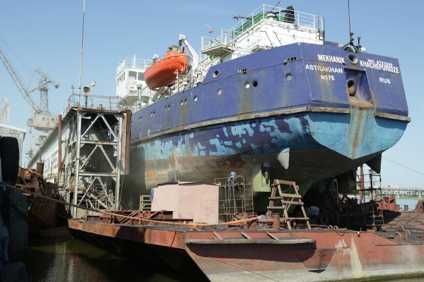 Оперативный ремонт судна «М.Хачепуридзе»