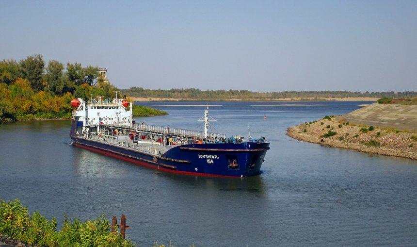 Завершен ремонт т/х Волгонефть-154